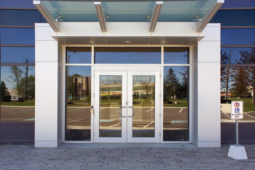 Commdoor High-performance Series 4000 Thermal Doors