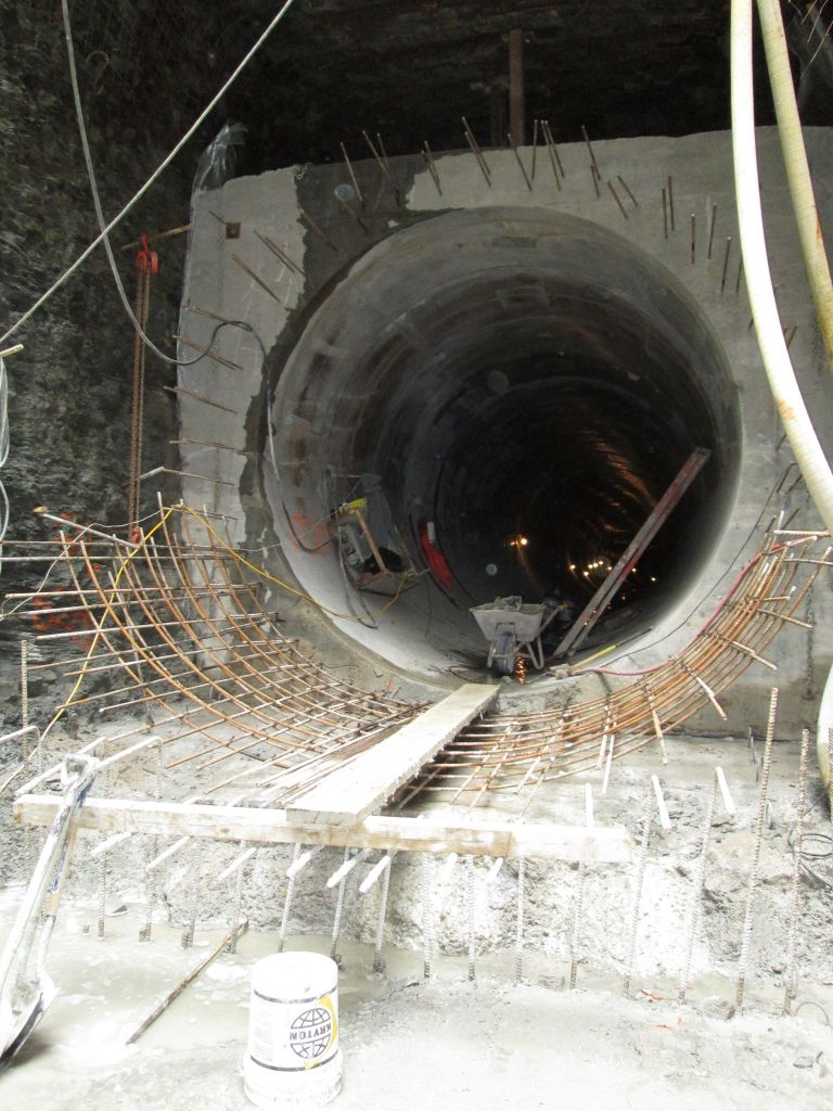 To pour the concrete in the Strachan Avenue tunnel in Toronto, the formwork was de-moulded and then moved to the front end on rails—similar to a slip form system. Unlike the continuous pouring a true slip form system allows, each section was poured separately and allowed to harden before the formwork could be moved ahead for the next pour. Photos courtesy Kryton International Inc.