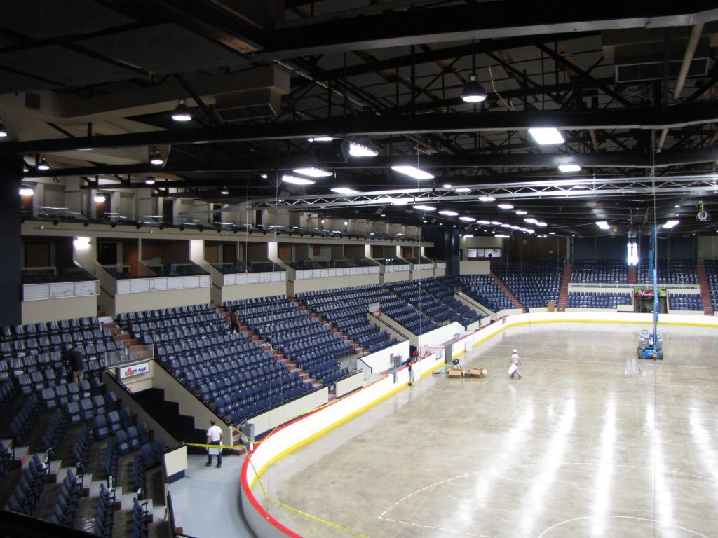 The Palais des Sports Léopold-Drolet (Sherbrooke, Québec) was recently remodelled to include durable gypsum board that traps volatile organic compounds (VOCs) from the building's interior air. Photos courtesy Bilodeau Baril Associés Architectes