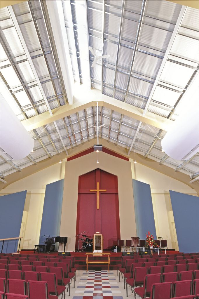 The Bilberry Creek Baptist Church (Orléans, Ont.) expansion project included a new sanctuary building with clerestory window, seating for 400 people, foyer, and multi-purpose space. Photos courtesy Butler Manufacturing