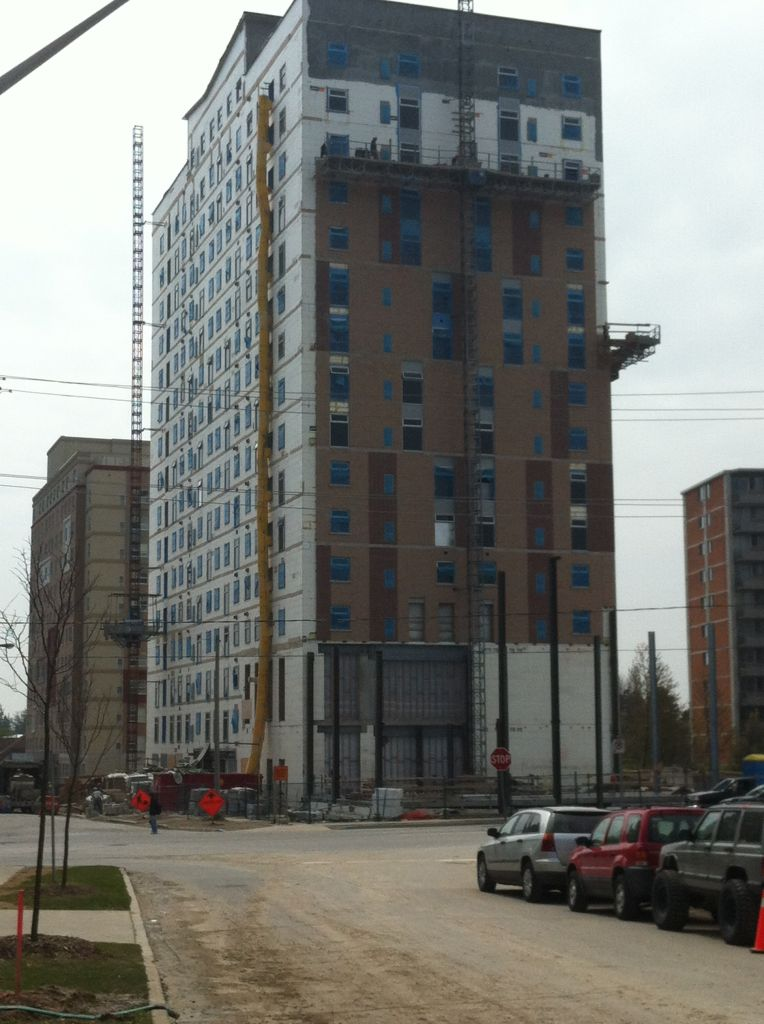 A 17-story ICF mid-rise building being constructed.