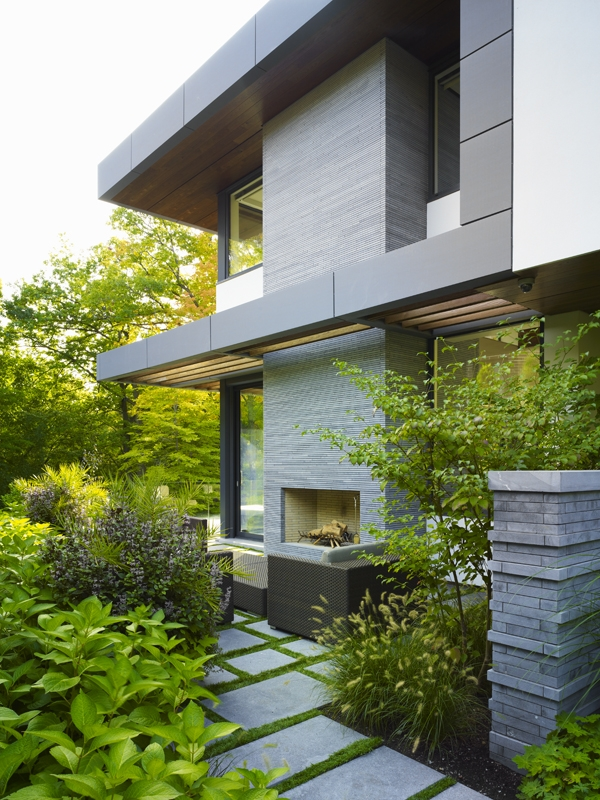 This Toronto Residence S Backyard Includes Terraces A Deep Ravine And Fireplace Area Photos Courtesy W Tyler