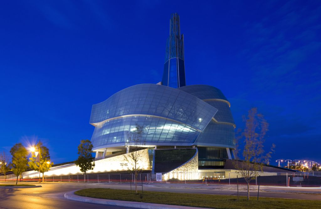 The CMHR is one of Canada's first large projects of extreme complexity relying on interdisciplinary co-operation and construction to successfully achieve use of virtual models for real-time collaboration and interaction. There were as many as 40 companies located in eight cities in North America and Europe. [CREDIT] Photo © Patrick Coulie Photography