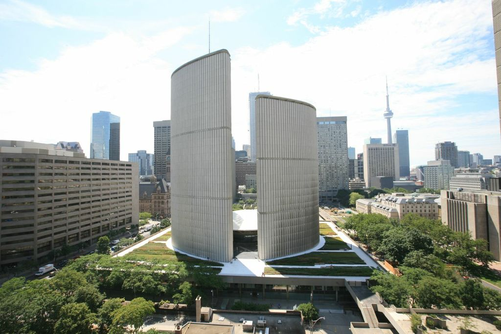 Toronto S Largest Green Roof Earns Award Construction Canada