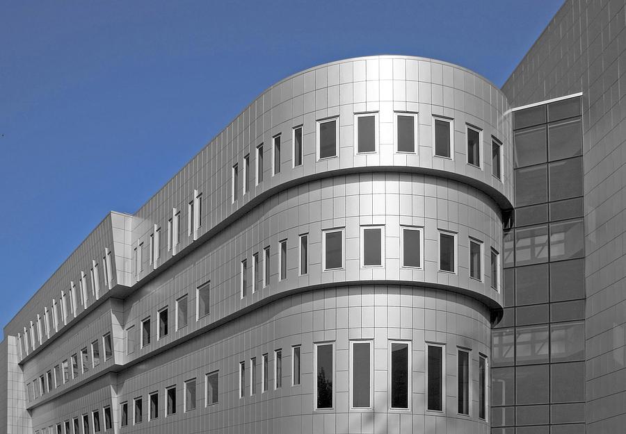 Aluminum building