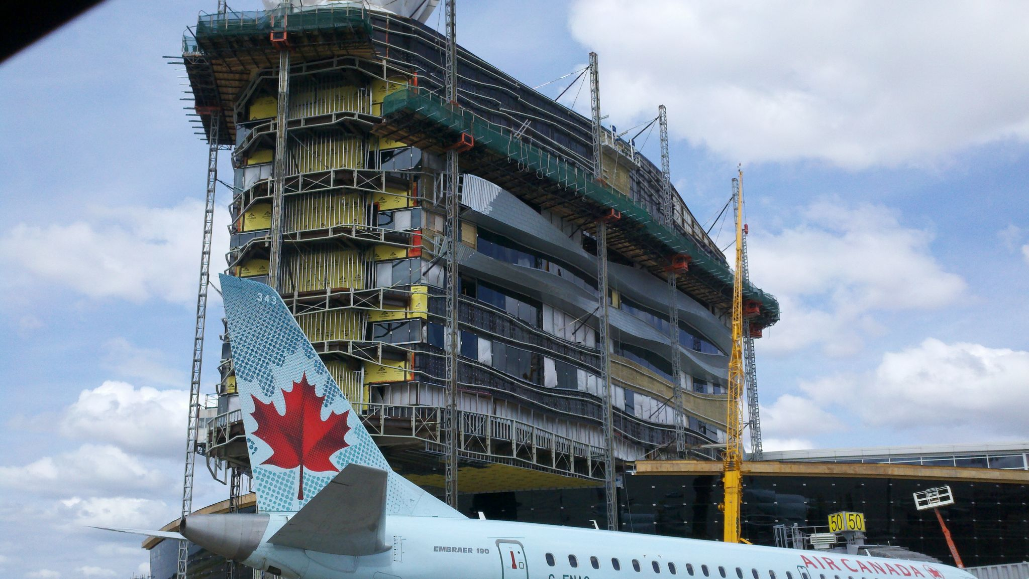 The project, completed earlier this year, will serve as a unique icon for Edmonton's airport—aerial wayfi nding for the six million who use the facility each year.