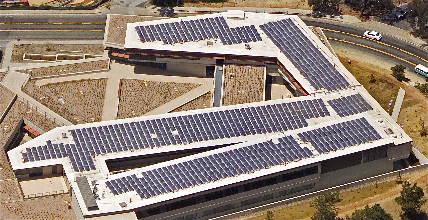 BUR was able to provide a reflective, energy-efficient, compliant roofing system at the National Oceanic and Atmospheric Administration (NOAA) Building in La Jolla, California.