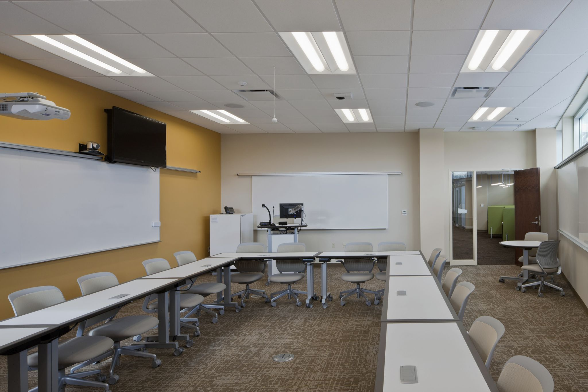 Lakeland Community College's Holden University Center (Kirtland, Ohio) installed light-emitting diode (LED) integrated with digital controls to easily implement various lighting 'scenes' for different classroom activities. [CREDIT] Photo © Acuity Brands/Lithonia Lighting