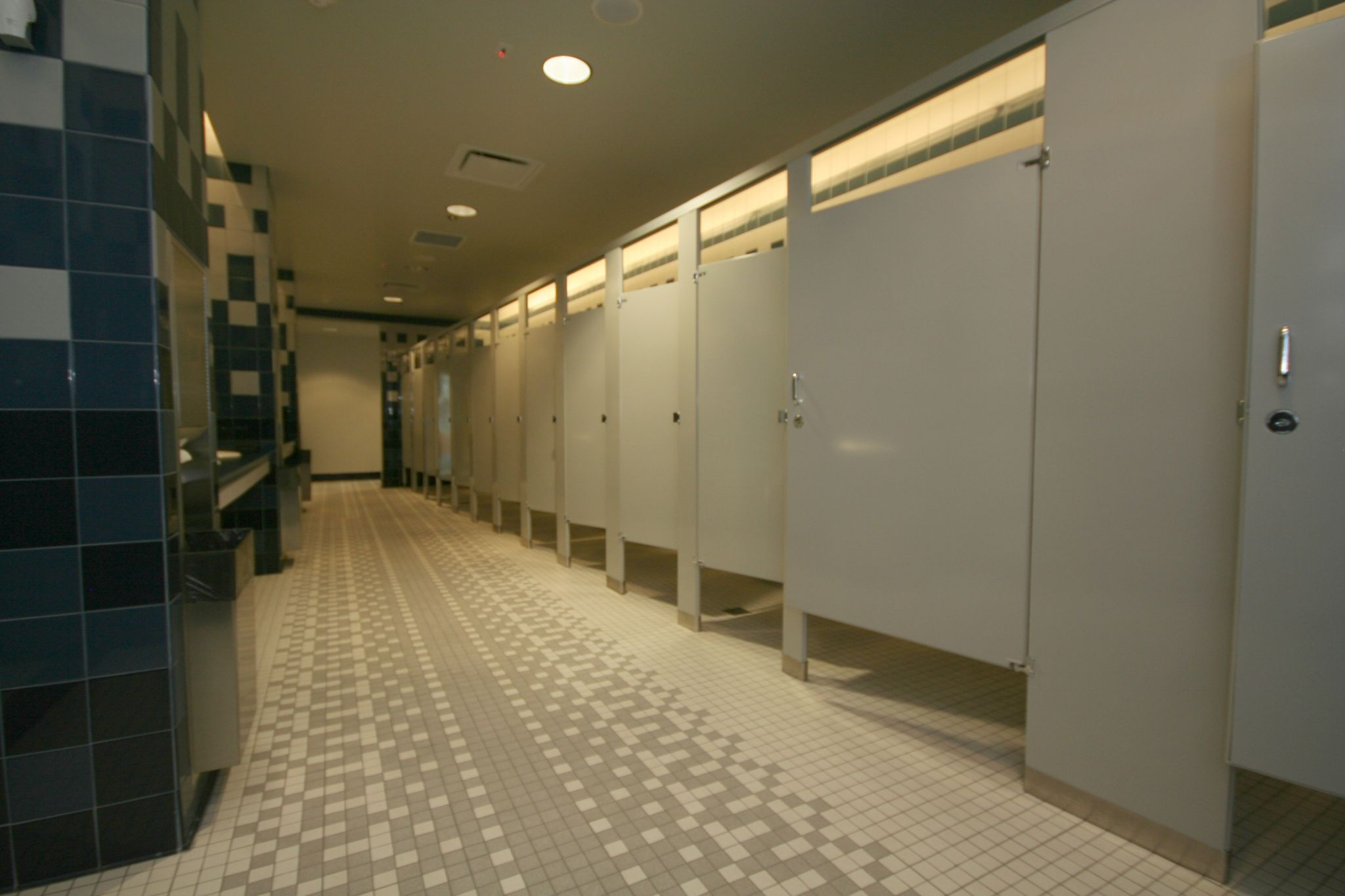 Electrical tools and equipment for Bathroom partitions