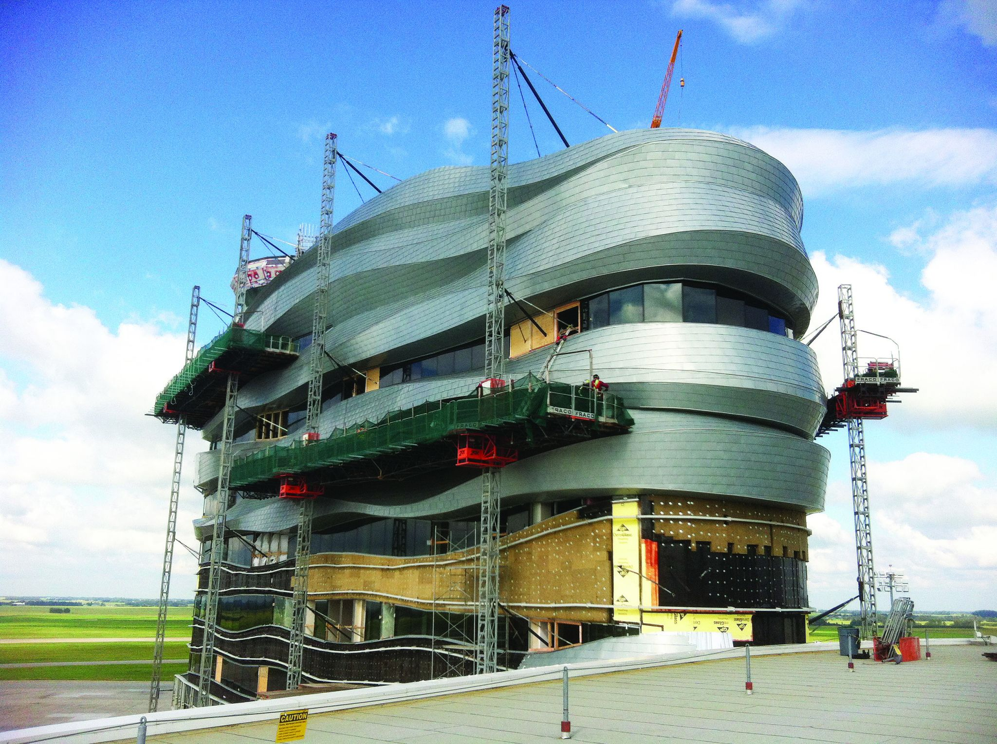 Twist and Shout: Metal creates an iconic building at ...