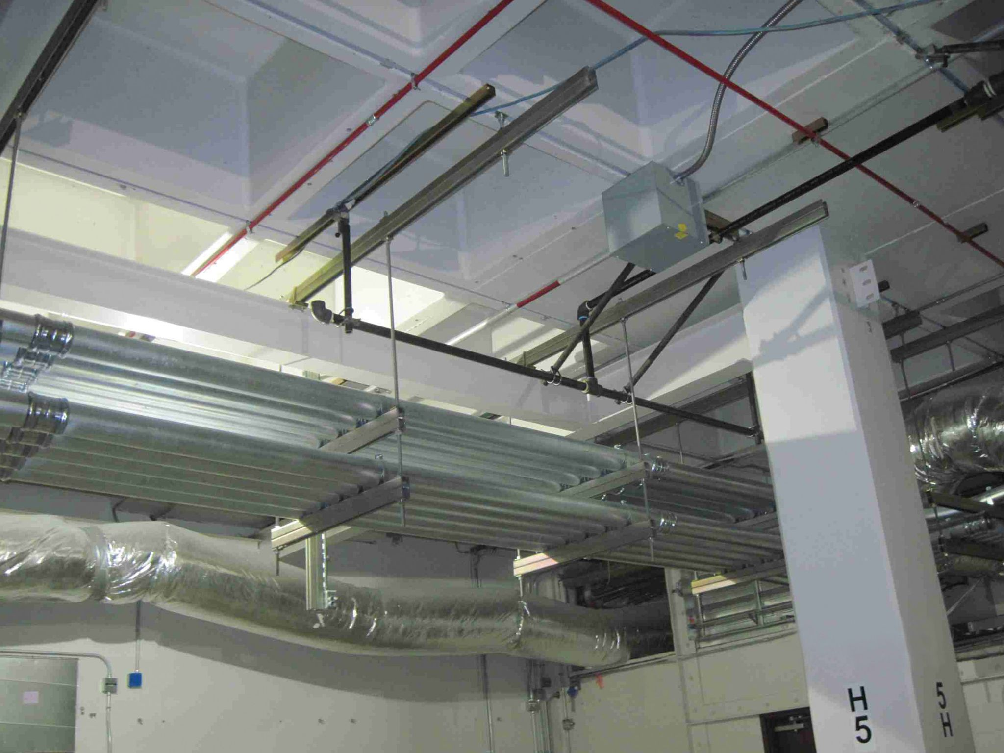 Conduits Ducts Sprinklers2 Construction Canada