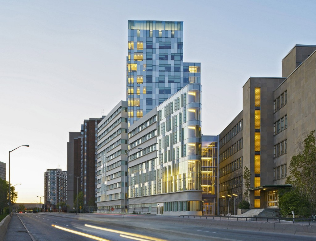 The 15-storey Faculty of Social Sciences at the University of Ottawa houses nine faculties and 10,000 students. Photos courtesy Diamond Schmitt Architects