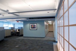 If there is no suspended ceiling, cabling of the sound-masking system must be handled according to esthetic considerations, which can be slightly more time-consuming. Photo © Janet Trost Photography