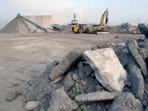 Returned crushed concrete (RCC) production at an Ontario facility.