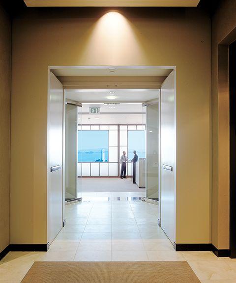 doors_Bright Office