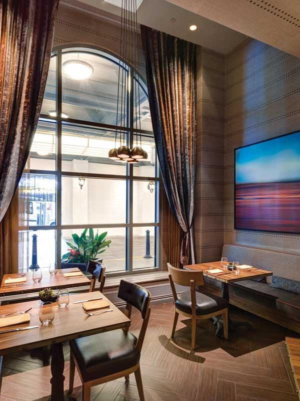 Vancouver_Fairmont_Hotel_04