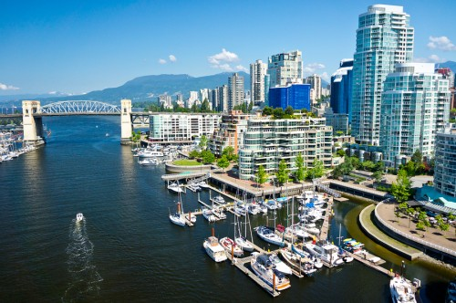 From Mar. 14 to 18, the 2016 International Green City Conference will be held at the Pan Pacific Hotel in Vancouver. Photo © Bigstock.com/mffoto