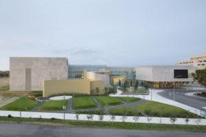 The Royal Alberta Museum in Edmonton is the recipient of the 2018 Canadian Design-Build Institute (CDBI) Design-Build Award of Excellence. Photo courtesy CBDI