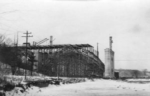 Construction of the Prince Edward (Bloor Street) Viaduct in Toronto, 1916. Decision-makers at the time made provision for a subway deck, not used until 1966. Photo courtesy Wikimedia Commons