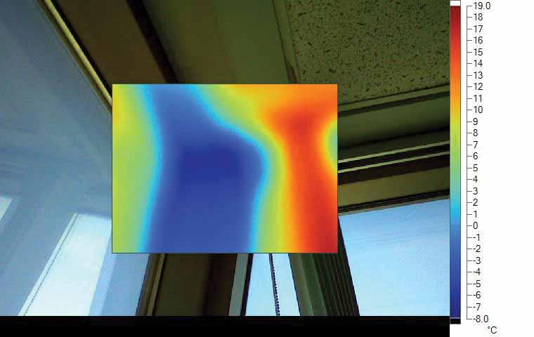 Figure 3: Thermal image at building corner (head of fenestration).