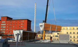 New adiabatic cooling towers installed on the roof of the Hôpital Saint-François d'Assise (HSFA).