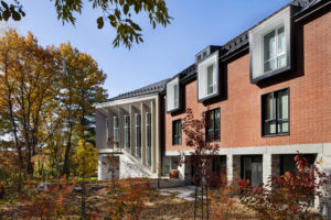 ARCHITEM Wolff Shapiro Kuskowski architects have reinvented a century-old campus in Sherbrooke, Qué., with an innovative residence for young students. Photo courtesy Maxime Brouillet