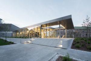 FABG architects designs glass pavilion to house three emergency facilities at McGill University, Montréal, Qué. Photo © Steve Montpetit
