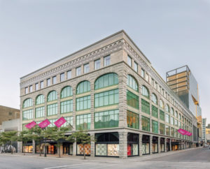 Jeffrey Hutchinson & Associates and Lemay designs the Holt Renfrew Ogilvy store in Montréal with modern ecological standards using sustainable materials. Photo © Frederic Bouchard
